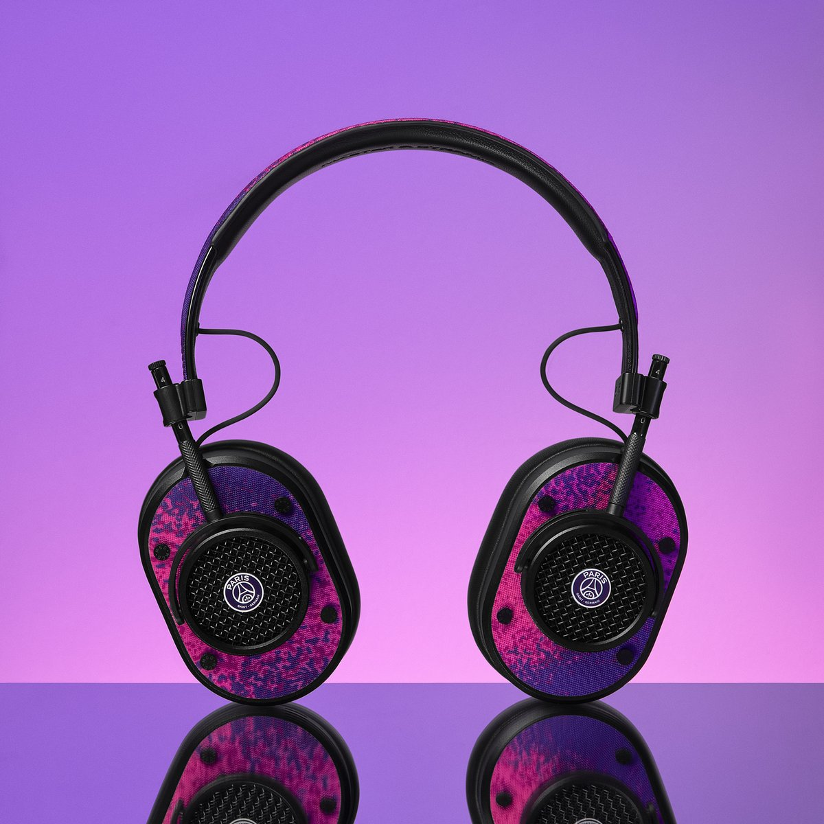 Introducing #MasterDynamic for @PSG_inside, a limited-edition collection of sound tools featuring a galaxy-inspired design created by #ParisSaintGermain:   #PSGxJORDAN