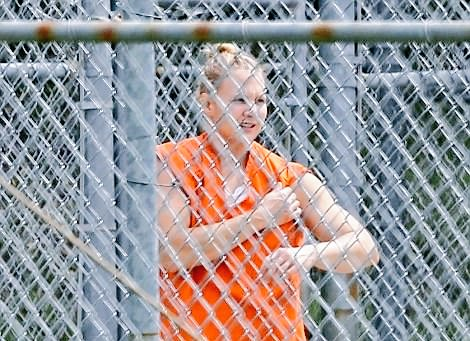 On top of everything my daughter Reality Leigh Winner has endured these last 3.8 years incarcerated, she was trapped in a cold cell with no heat, no water.  This nightmare never ends for #RealityWinner  She does not deserve this.  #FreeRealityWinner #BringRealityHome https://t.co/zGws0XGW7h