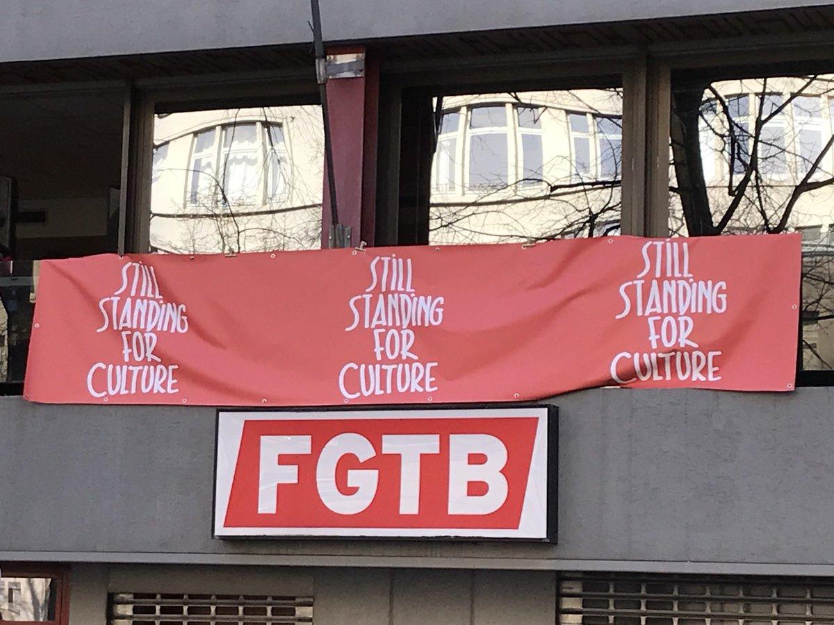 Soutien solidaire à l'action «still standing for culture». Diffusion de témoignages sur le rôle, l'importance et la place dans la culture dans notre vie. Ce secteur est injustement impacté par les mesures liberticides de la pandémie. https://t.co/4HR3HUMYB8