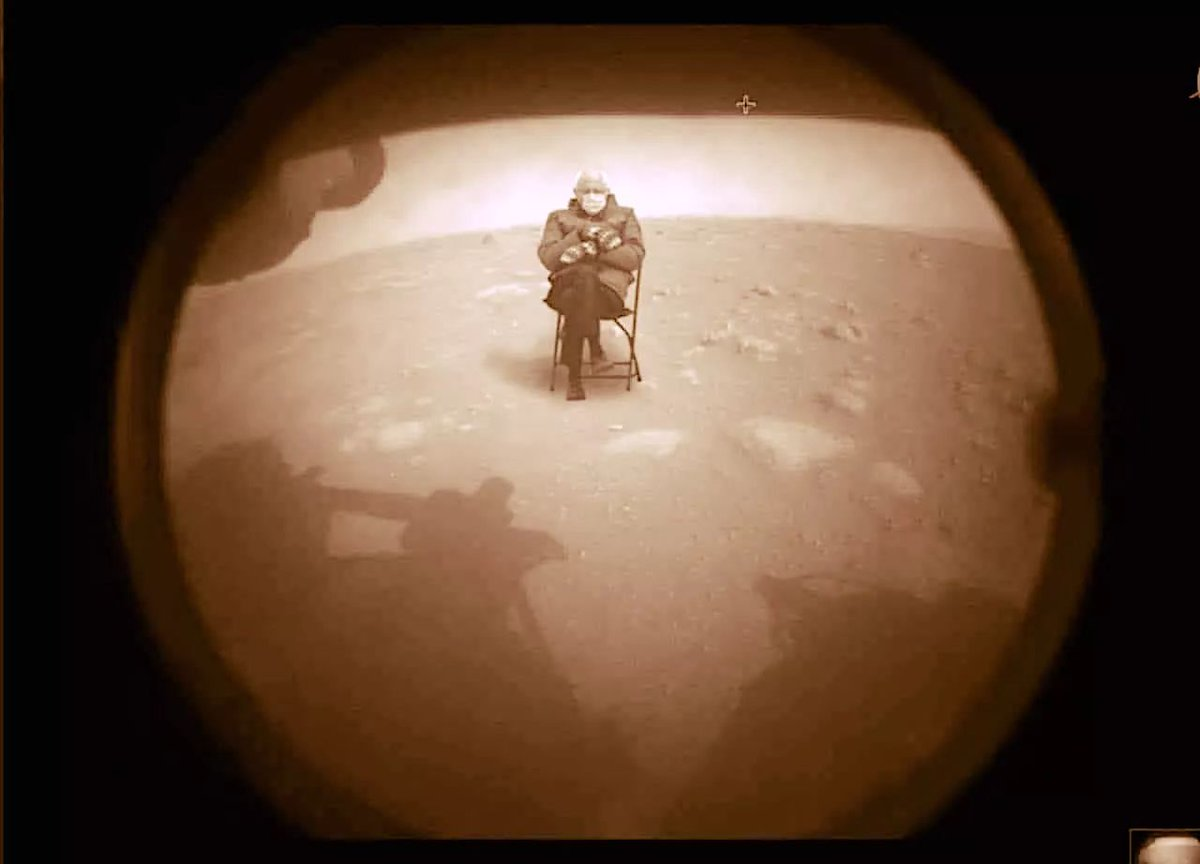 First images back from #NASAPerseverance #BernieSandersmemes @SenSanders