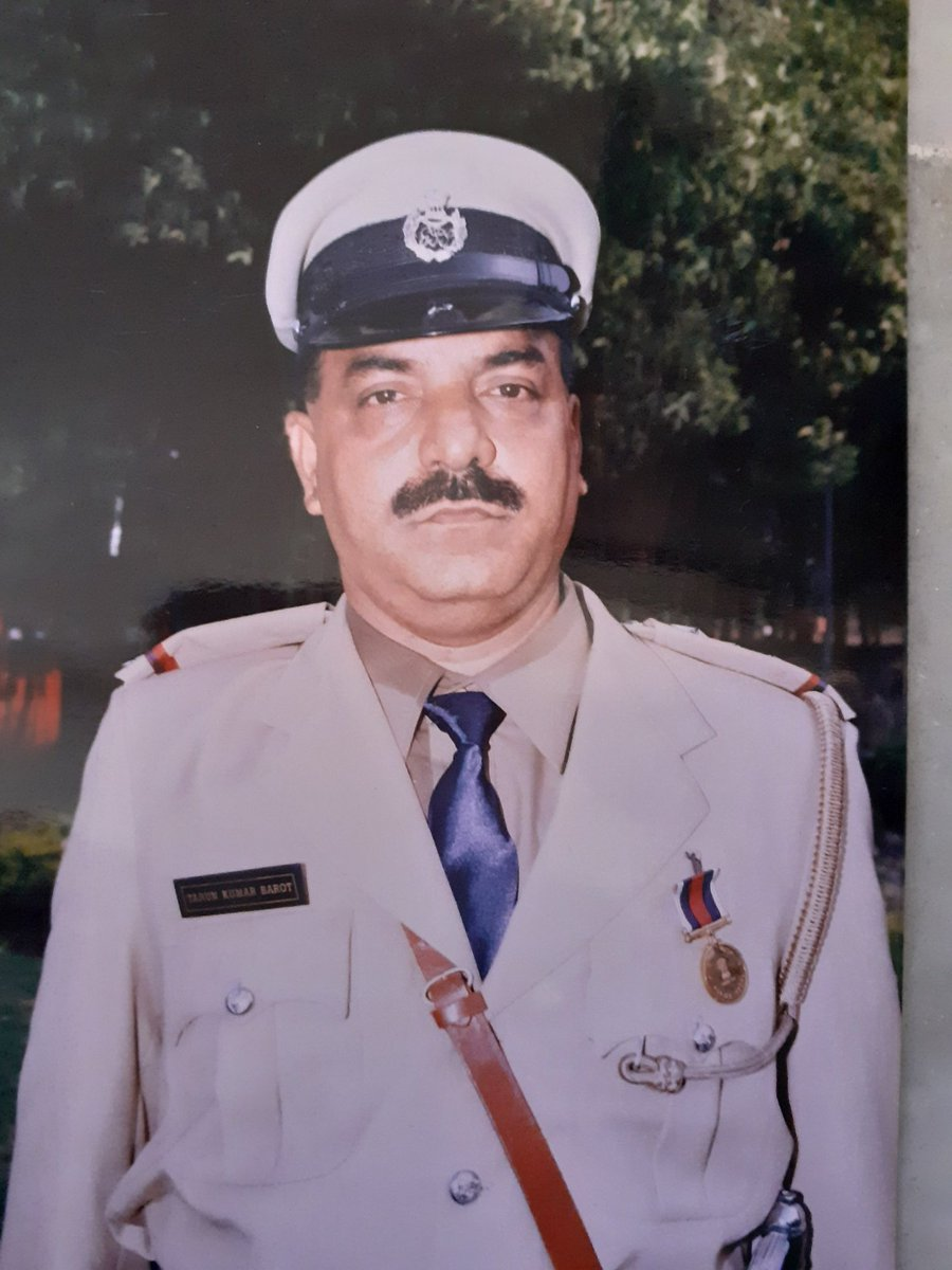 Retired Supercop Tarun Barot discharged from Sadiq Jamal encounter case
