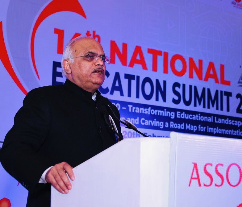 "Spoke on #NEP at Valedictory Function of the @ASSOCHAM4India 's 14th National Education Summit and felicitated award winners! ""NEP provides an opportunity to end the public-private binary!Private Universities must strive to become symbols of credibility, quality and creativity"""