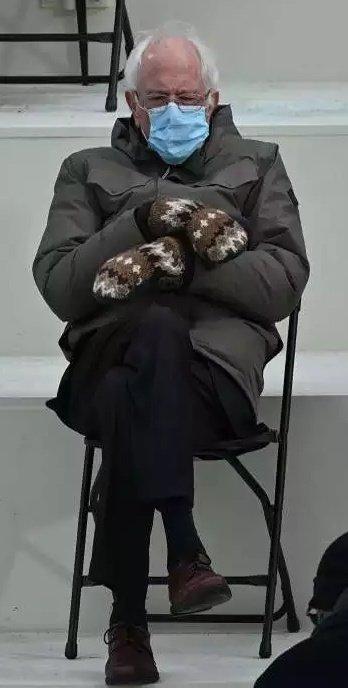 @Njesia10 @FatmirXhafaj @erionveliaj Bravo, paskeni zgjedhur modelin #BernieSandersMemes   #bashke me Bernie