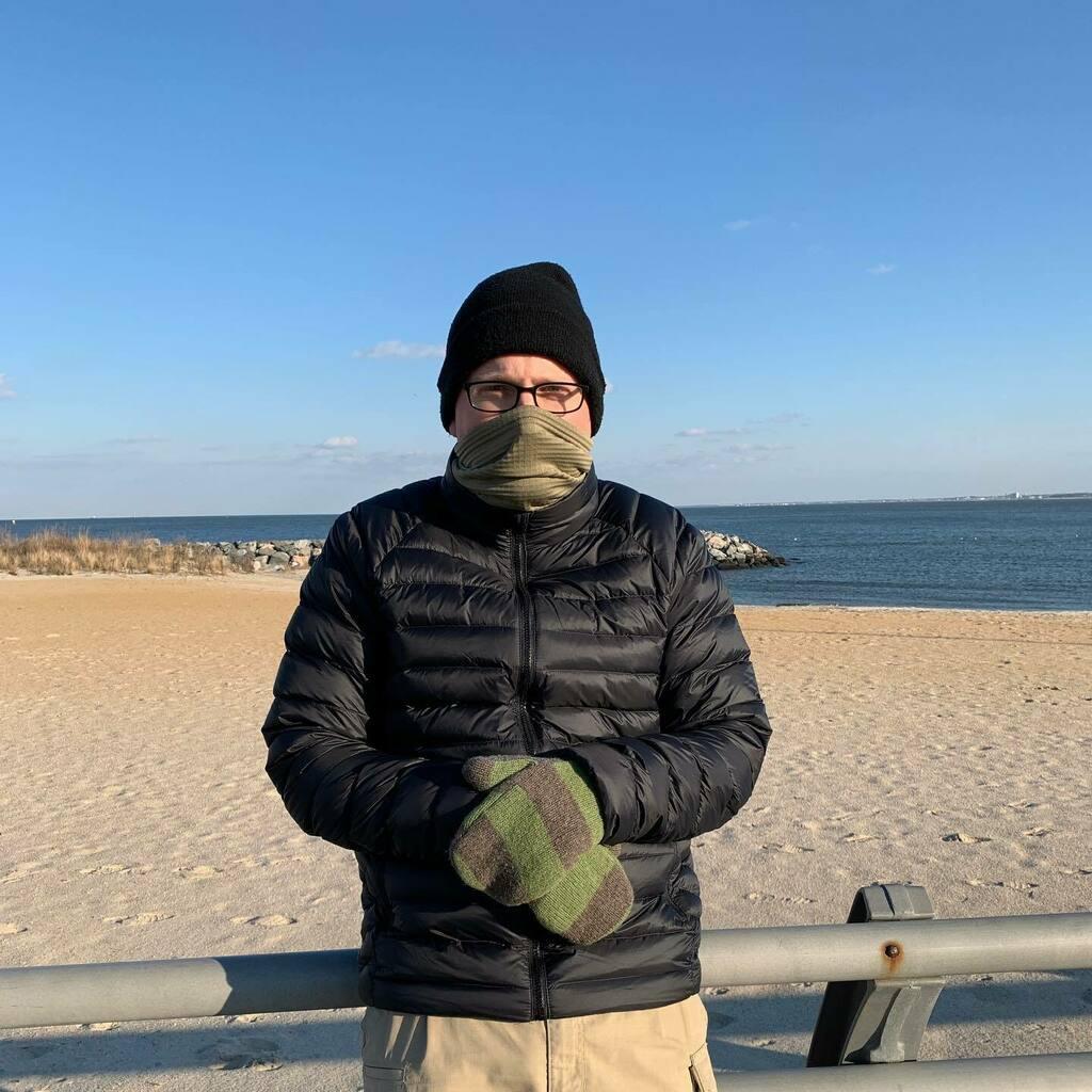 Sensible mittens at the beach. #berniemittens