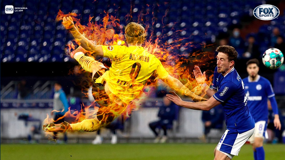 🔥¡¡ASÍ LUCE UN MODELO 2000!!🔥  Erling Braut Haaland firmó una tijera DE ANTOLOGÍA en el Dortmund  vs. FC Schalke 04 (0-4)...  🧡¡¡Y YA TIENE 43 GOLES EN 43 PARTIDOS CON BVB!!🖤  #BundesligaxFOX https://t.co/3NEOlHl7Or