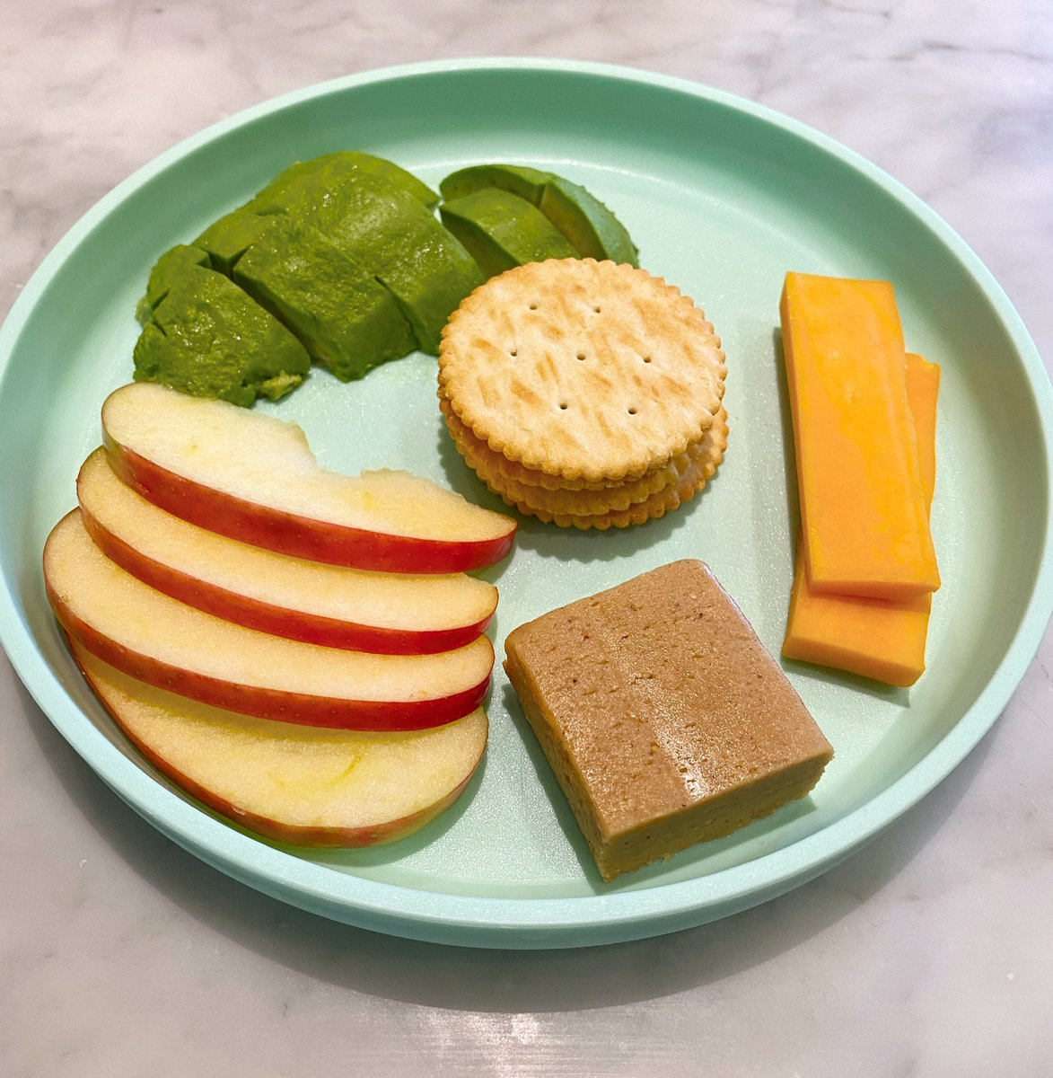 Another friggin delicious lunch for my kid that I'm jealous of