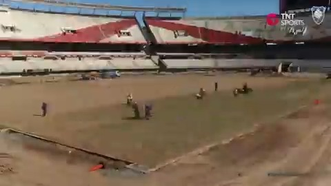 SISGRASS at River Plate!  https://t.co/LvNFxb87Eb