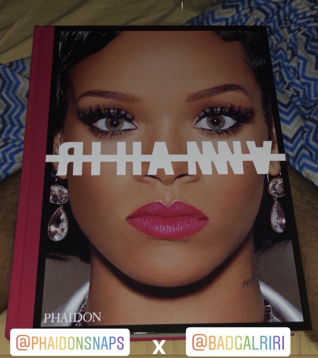 @FentyStats much bigger than it seems😭 #theRIHANNAbook