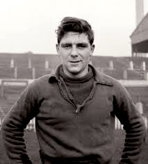 On this day in 1958 we sadly lost Duncan Edwards. RIP forever. #FlowersofManchester #mufc