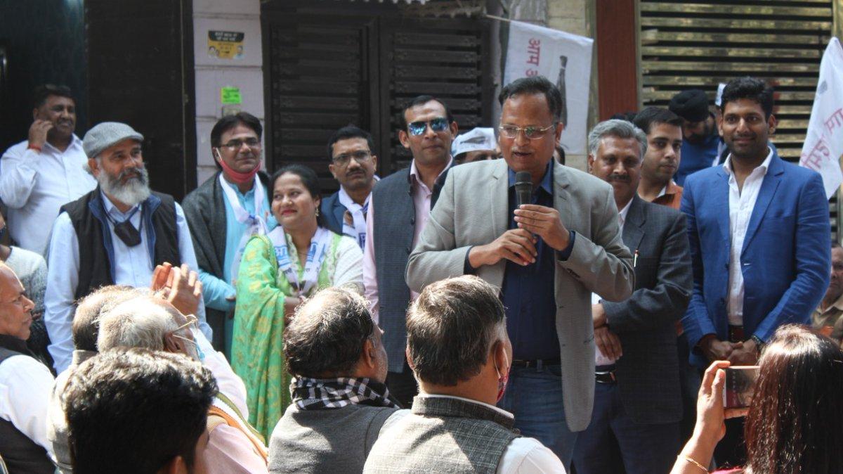 MCD उपचुनाव में बवाना विधानसभा के वार्ड-32N से प्रत्याशी श्री रामचंद्र जी के समर्थन में आयोजित किए गए नुक्कड़ सभा में हिस्सा लिया, यहां की जनता MCD को भ्रष्टाचार मुक्त और दिल्ली को स्वास्थ्य एवं साफ़-सफ़ाई में नंबर वन बनाने के लिए MCD में @AamAadmiParty को चुनने के लिए तैयार है ।