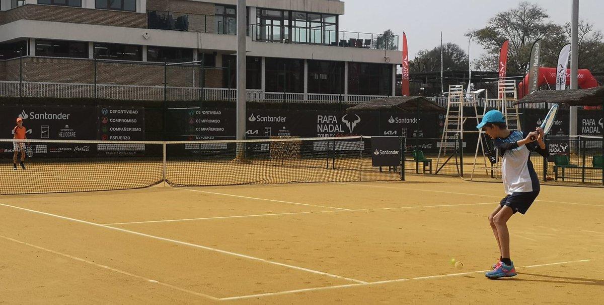 🎾 Siete jugadores de Río Grande vencieron en sus partidos de la primer ronda previa del Nafa Nadal Tour by Santander. ¡Vamos! 💪  ➡️  ☑️   #RafaNadalTourbySantander #RNTSevilla #RNT21 #fundacionrafanadal @frnadal #SomosRíoGrande #EspírituDeportivo