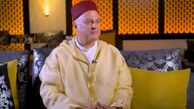 """إسرائيل تغرد : ممثل إسرائيل في المغرب السفير الدكتور دافيد غوفرين يفتخر بوصوله الى بلد المحبة والتسامح ويقول: """"المغ…"""