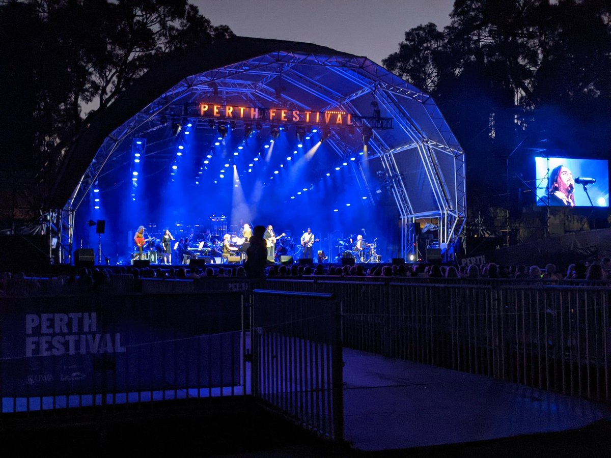 Just got home from seeing my first concert since the pandemic started and had a great time.  It was Tim Minchin and the West Australian Symphony Orchestra, at the beautiful Kings Park for #perthfest. For the encore he played When I Grow Up and White Wine in the Sun, which I love.