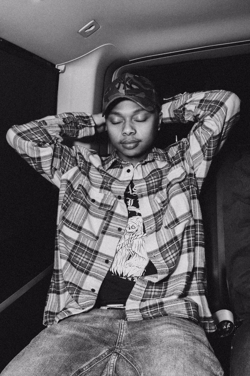 How you feel when you're done working on your album   see more 📀   #areece #paradise2 #sahiphopmag #dailyfreshza