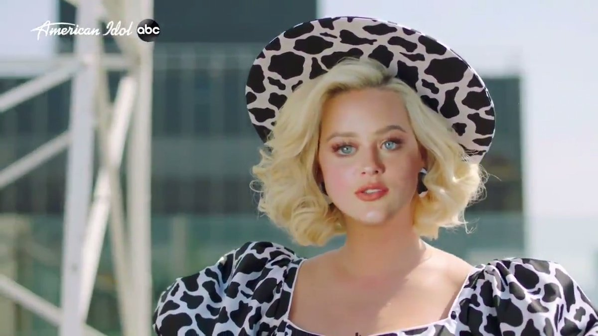 """""""Has anyone ever told you, you look a little bit like Katy Perry...""""  @hannahjeverhart 