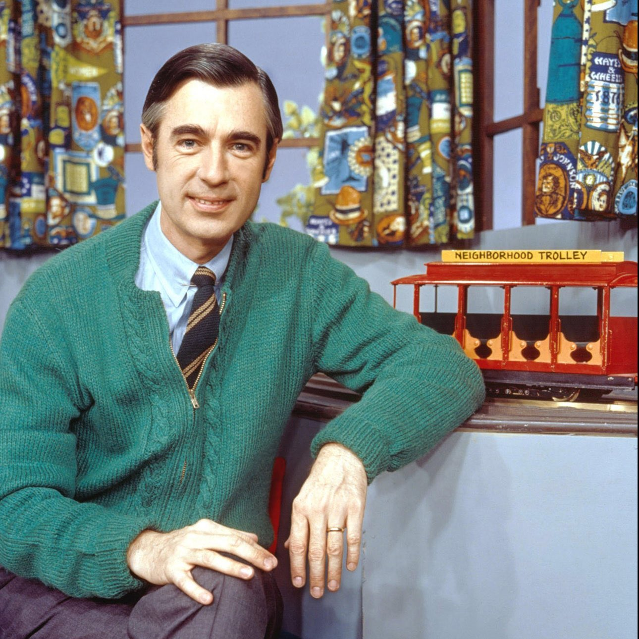 """Backstage at Blue's Clues on Twitter: """"Fun Fact! The inspiration for Steve's  green striped shirt on Blue's Clues came from Mr Rogers Sweaters and Fruit  Striped Gum!… https://t.co/fhFddrNle2"""""""