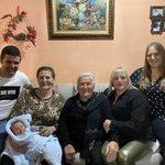 Image for the Tweet beginning: La familia de las cinco