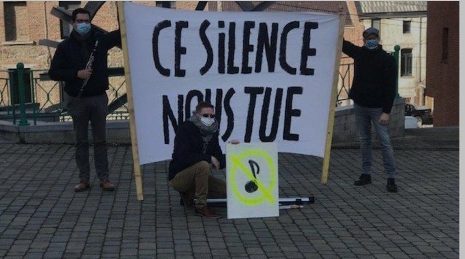 #Belgique🇧🇪 Estinnes-au-Mont : des musiciens locaux participent à