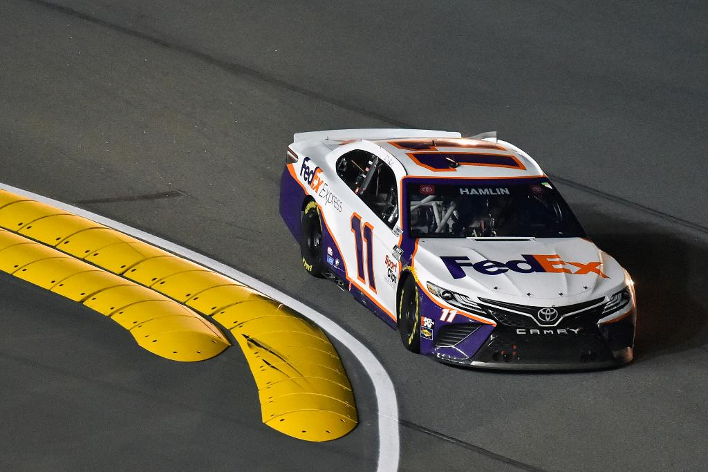 The #FedEx11 is back to making right and left turns on the @DAYTONA Road Course today. We'll be cheering for you every which way, @dennyhamlin. ⤴️ ⤵️