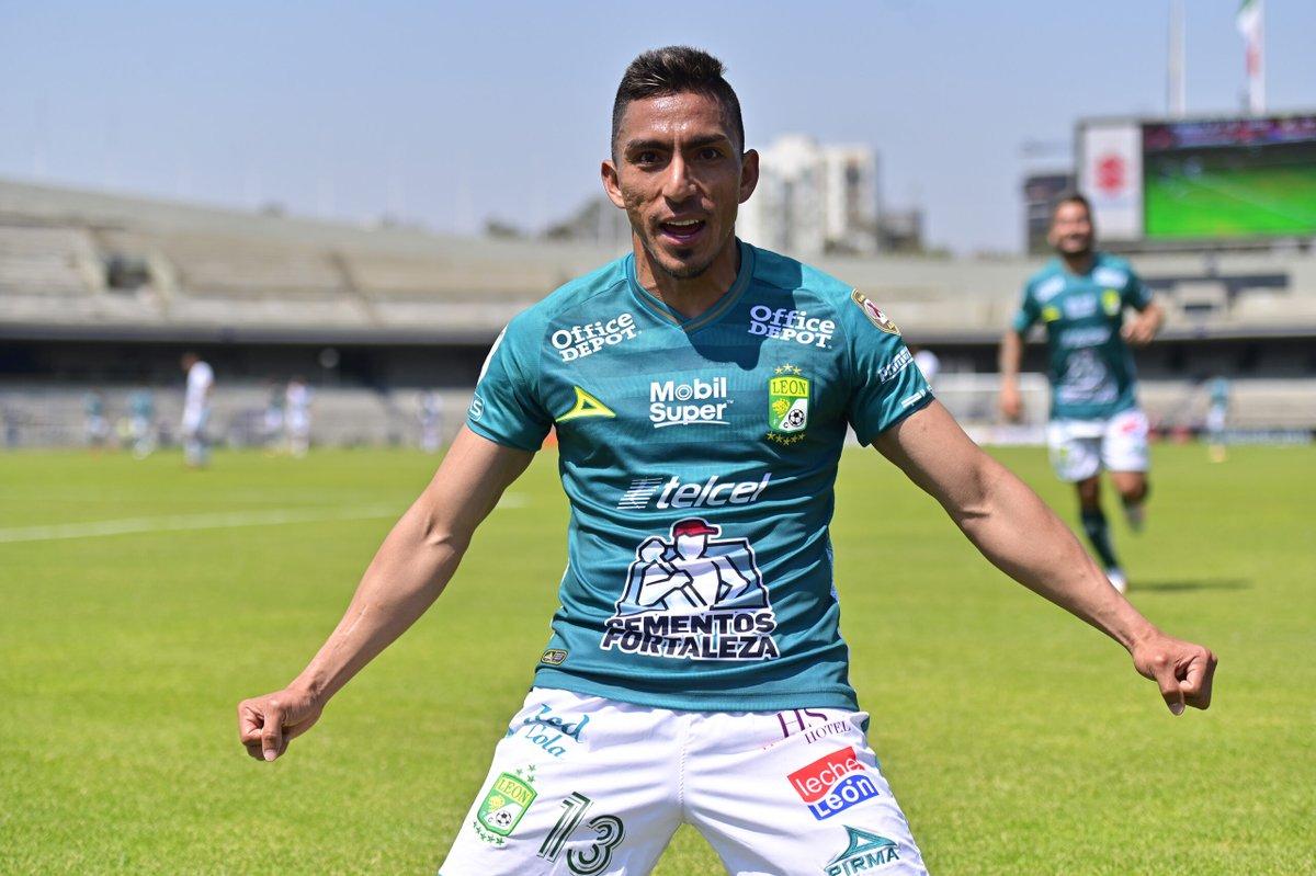 Ángel Mena anota el gol de la victoria en el partido de León contra Pumas https://t.co/ohKqDJR0lk https://t.co/oizfFJWvDG