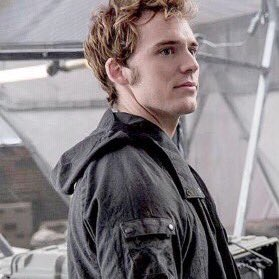 Replying to @bestchxracters: Finnick Odair from The Hunger Games