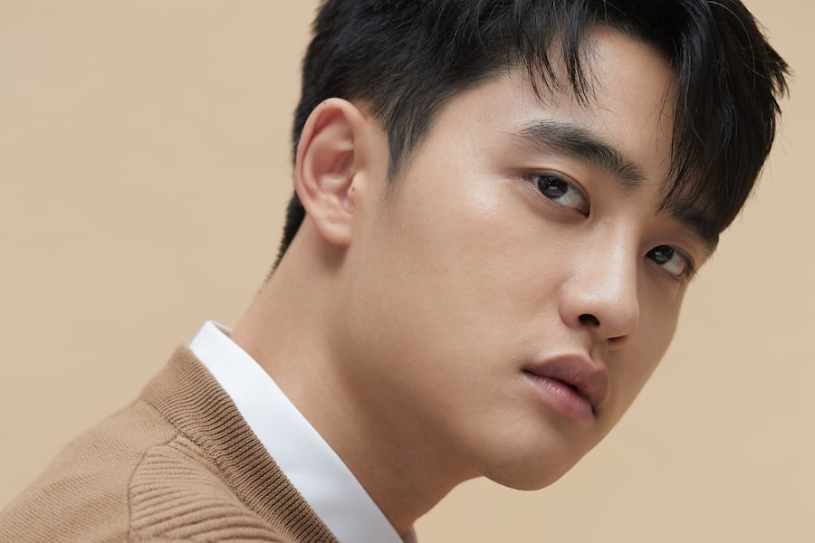 After bagging the lead role in the Korean remake of the Taiwanese film #Secret, #EXO's #Do confirms he has begun recording the songs of his debut solo album!👊🌟📽👨🎤🎶💿🔥👑💚