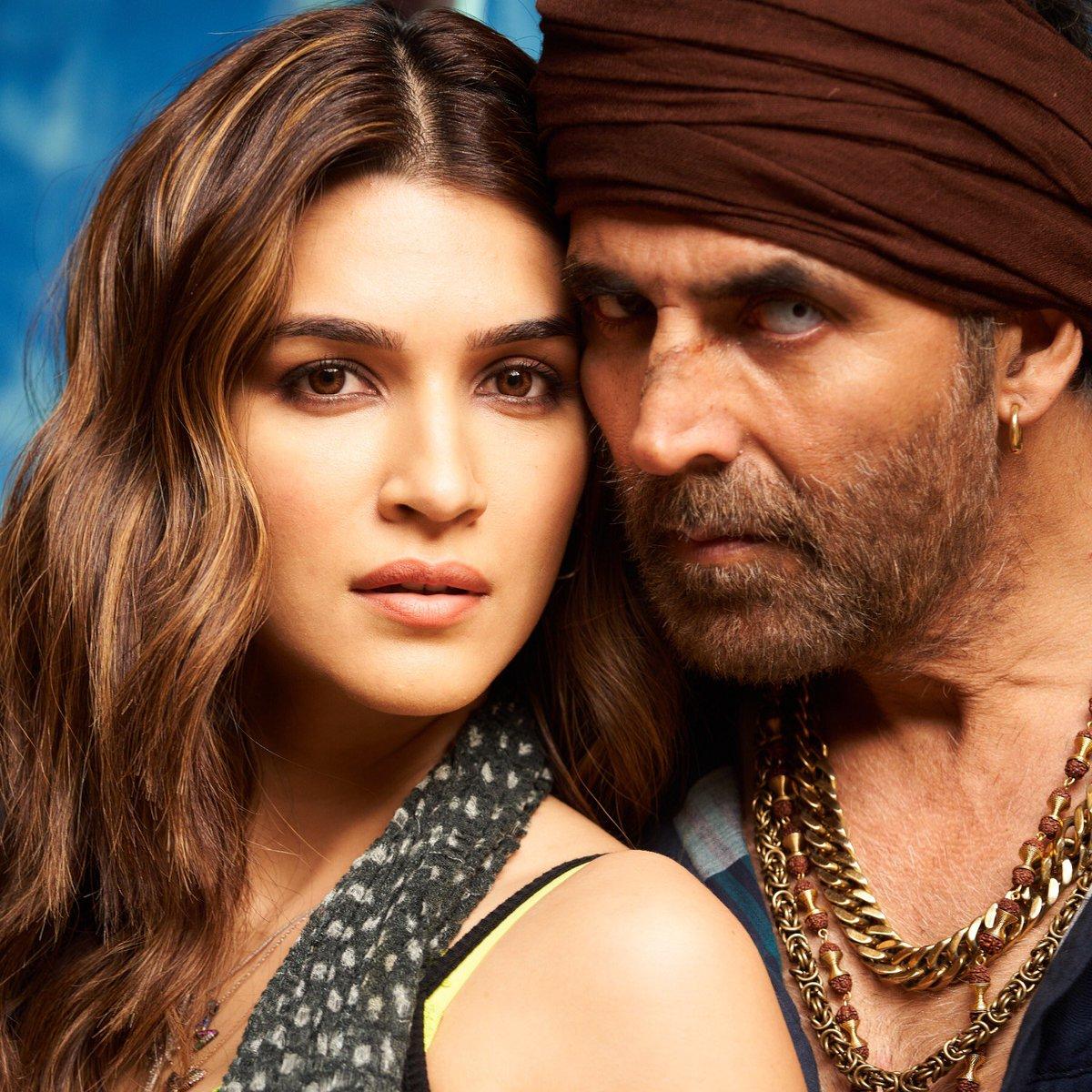 Anddd our Myra bids adieu to #BachchanPandey as @kritisanon wraps her sched with @akshaykumar 💥 Meet the gang in #SajidNadiadwala's #BachchanPandey in cinemas next year! 🔥 Directed by @farhad_samji 🎬   @WardaNadiadwala