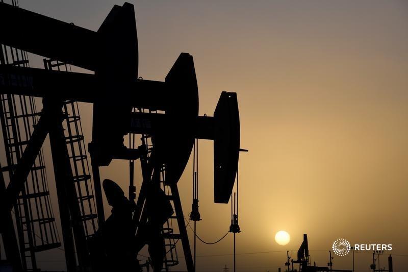 Oil price supercycle could be super short https://t.co/ta7hdAhwi2 @gfhay https://t.co/ZeVSXOQQeU