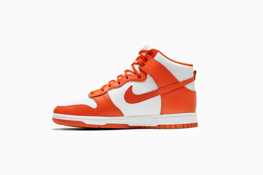 Courir online raffle live for the Nike Dunk High Retro
