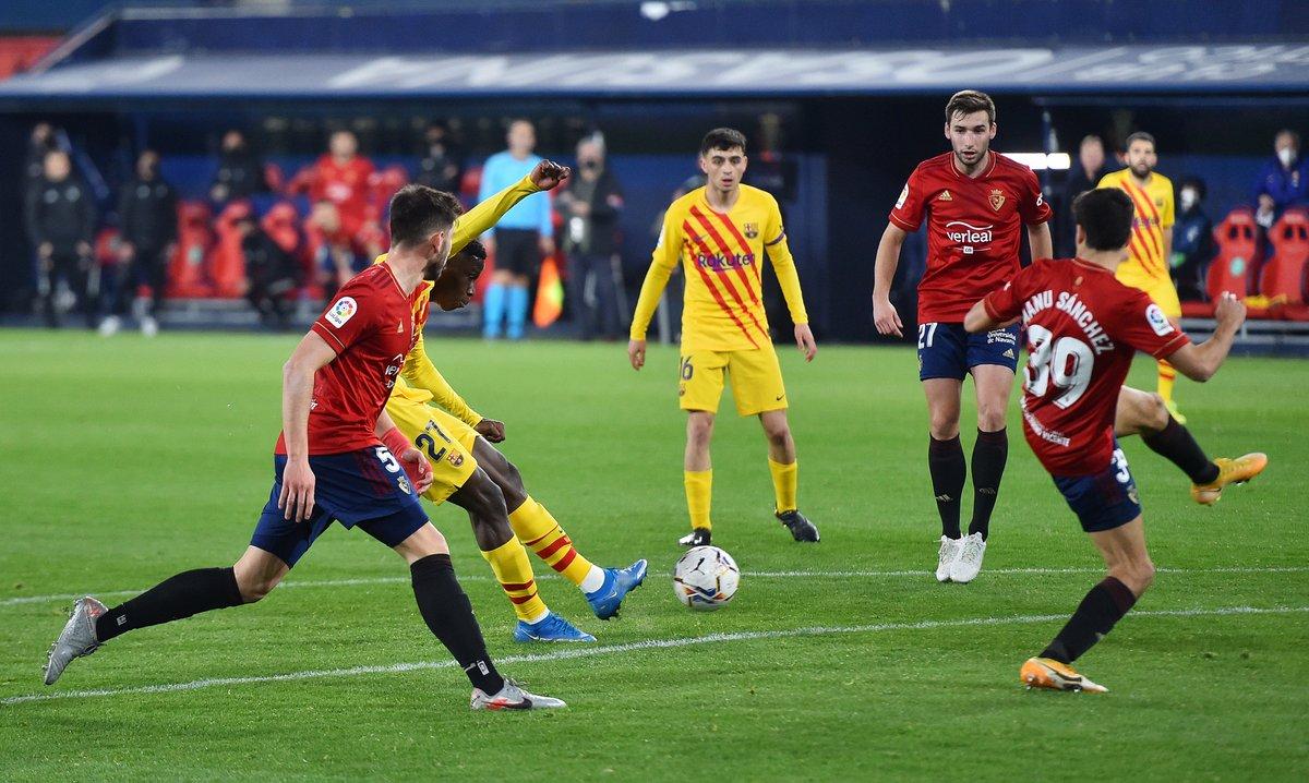 18-year-old Ilaix Moriba scores his first Barcelona goal 🔥