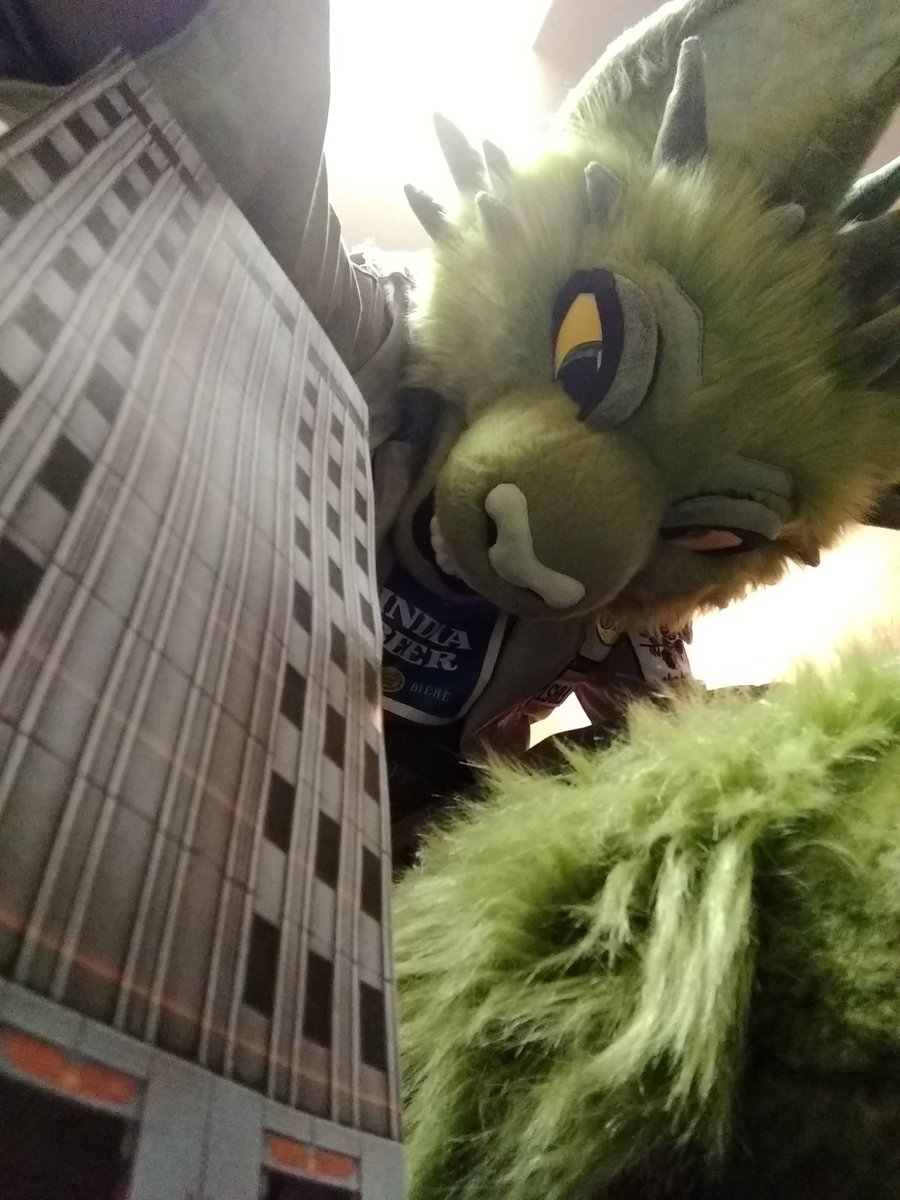 A bit late for #FursuitFriday, but still got PLENTY of time left to stomp through #MacroMarch, right? Rawr!  👔 @WhatsUpHotDog