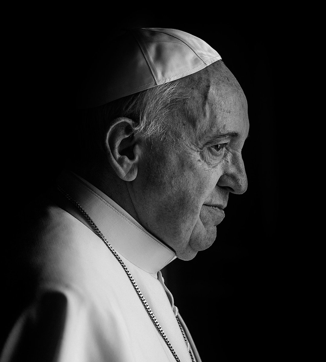 Pope Francis is in the midst of another historic pilgrimage right now. 3/28/21, you can watch our film with him - FRANCESCO - on @discoveryplus & see how @Pontifex takes on the greatest challenges facing our 🌎 He is the first to take the name Francis & did so after St. Francis https://t.co/2MQBhv0RpT