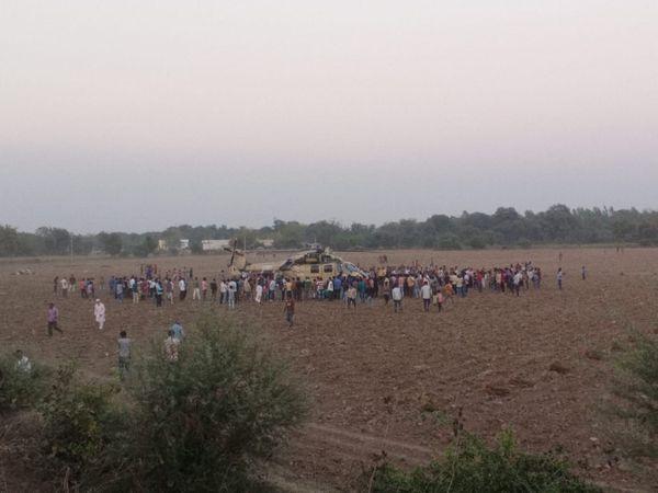 Emergency landing of Army chopper in rural Kheda