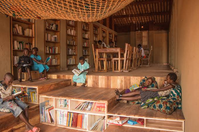 A library in a rural area of Muyinga, Burundi🇧🇮