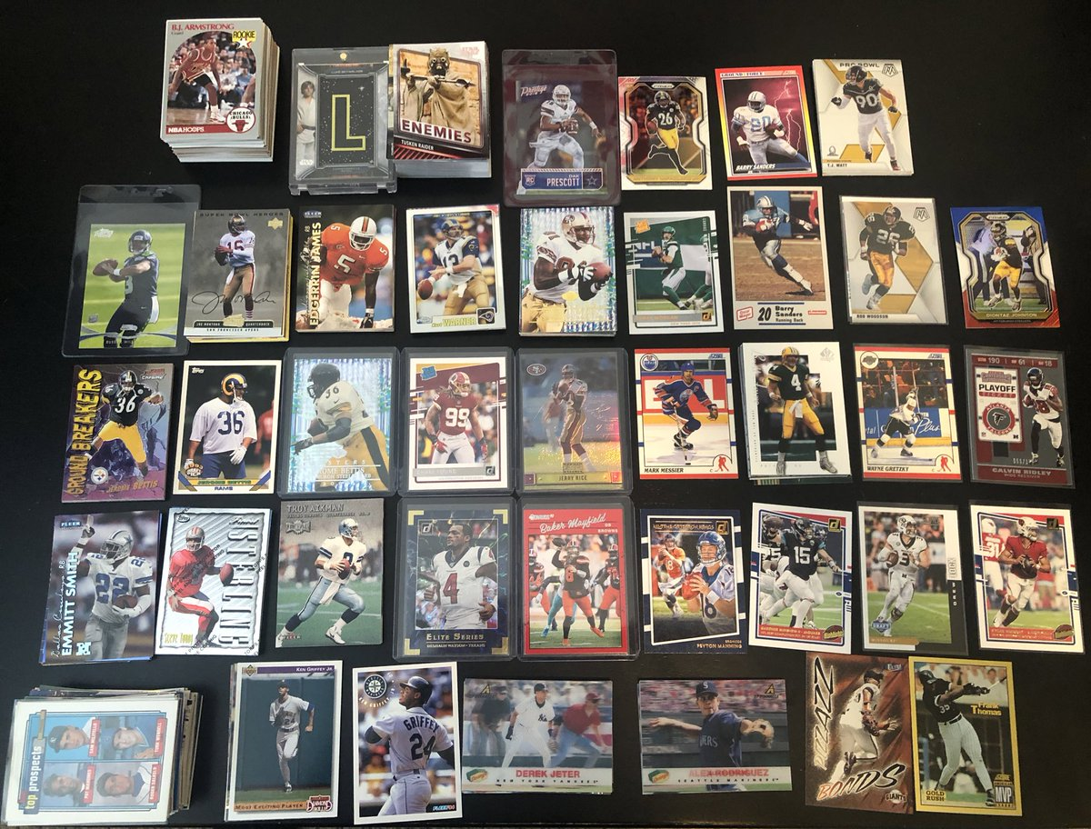 Looking to make trades for Montana Chiefs uni followed by any Chiefs rookies #Chiefs #collect #hobby