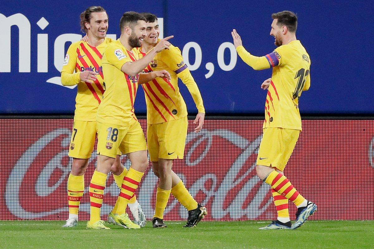Messi —> Jordi Alba ✨