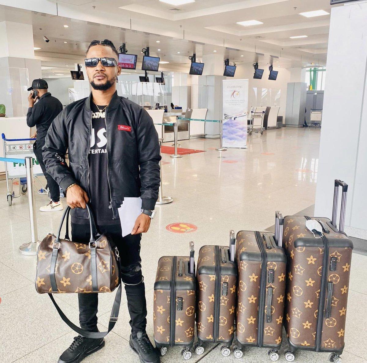 Sojaboy heads back to Nigeria from Canal Street. #90DayFiance
