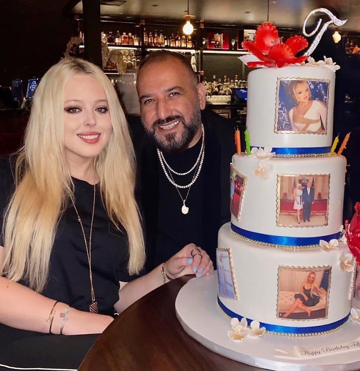pause why did tiffany trump once have a birthday cake covered with her own instagram posts https://t.co/Hz6nMiTj79