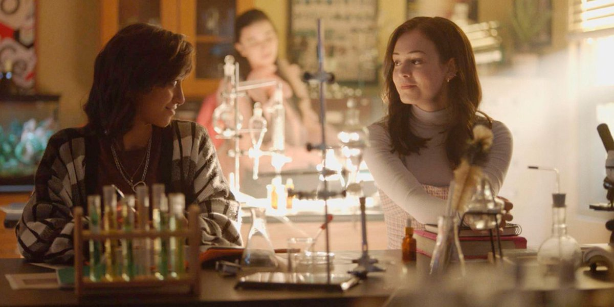 #Legacies photos from its upcoming Episode 6 features Josie's first day at Mystic falls High... and some flirting