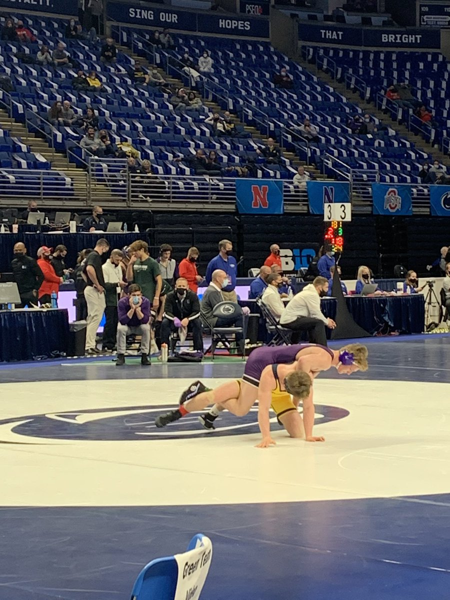 Collin Valdiviez puts a tough ride in the second period to win 2-0 over Cole Martin of Michigan!! #backpack