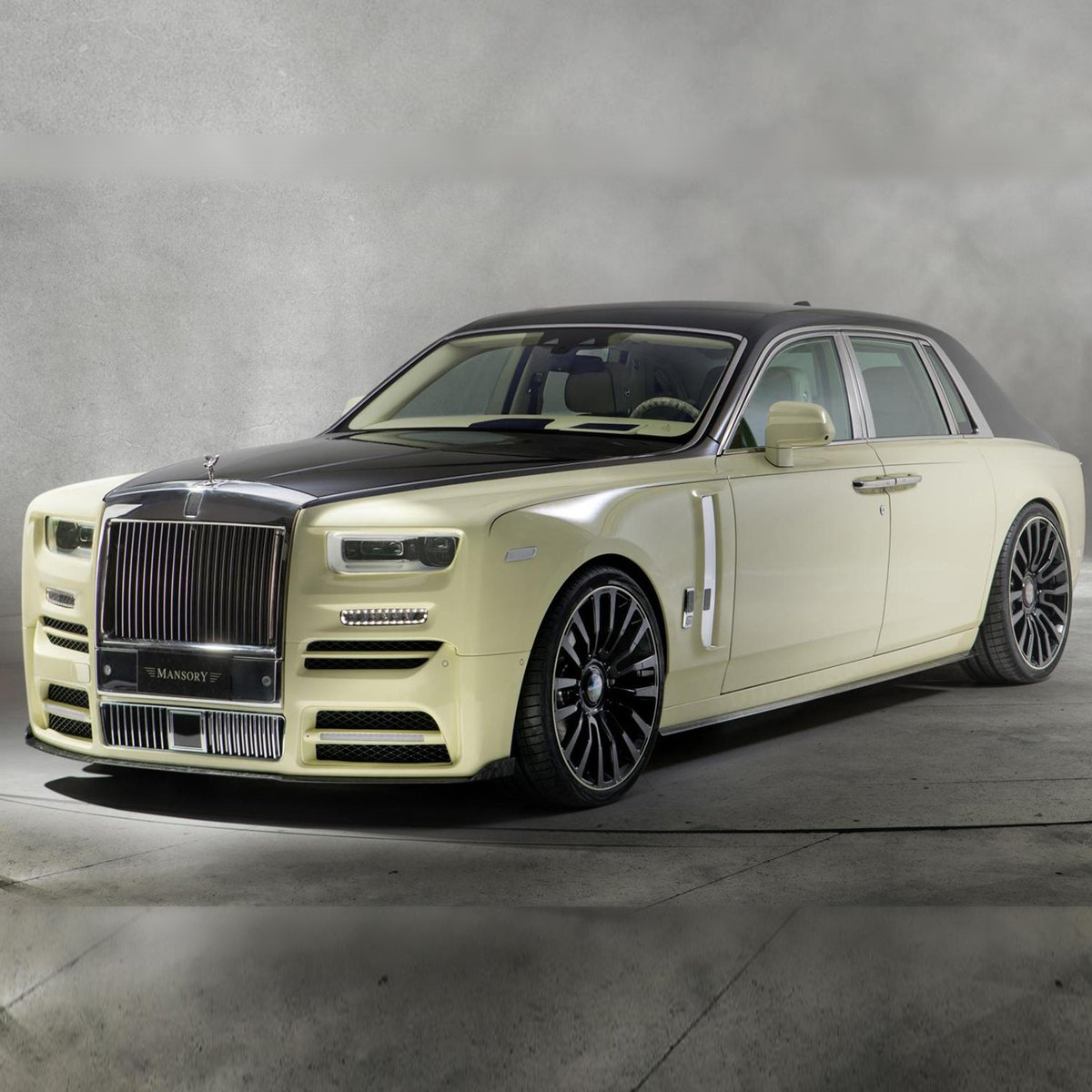 In addition to the endless variations of color, Rolls-Royce customers can infuse their paint with materials to create special effects