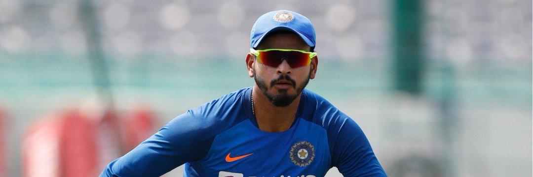 All The Best raa @ShreyasIyer15 👍  Last year Starting nunchi Neekosame DC ki support chesaaa just lo miss ayyav...   E year IPL Trophy lift cheyyabotunnav Advance Congrats🤗  #IPL2020