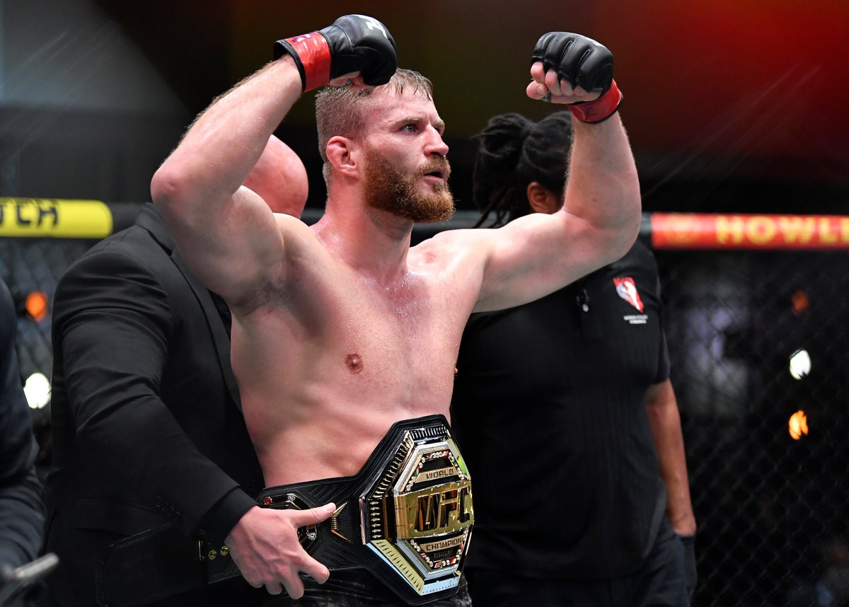 Reigning, defending UFC Light Heavyweight Champion of the World, @JanBlachowicz 🇵🇱  #UFC259