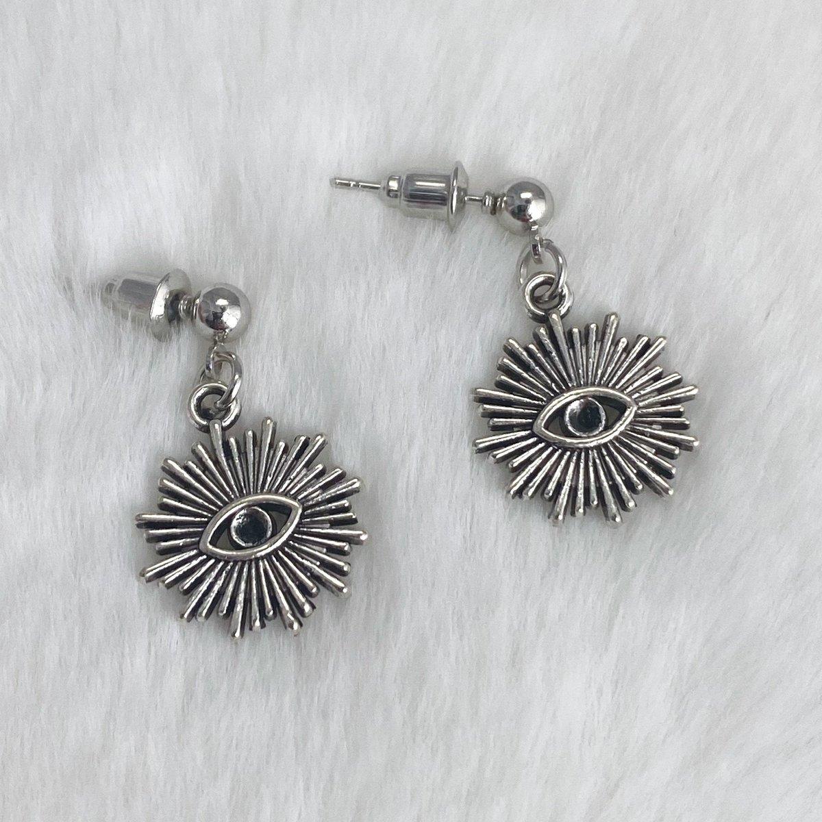 Eye Earrings, Stud Dangle Earrings, Antique Silver Earrings, Goth Earrings, Alternative Earrings, Alternative Jewelry, S389  #Earrings #EtsyJewelry #Jewelry #SmallBusiness #GiftforHer #FreeShipping #EtsyShop #Handmade #GothJewelry