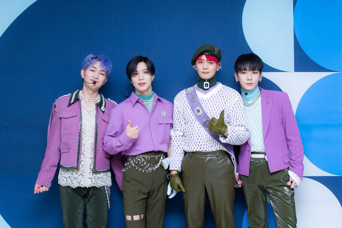 Love the outfit 💎💎 #SHINee #샤이니 #DontCallMe4thWin #동콜미1등이당 #Dont_Call_Me #인기가요