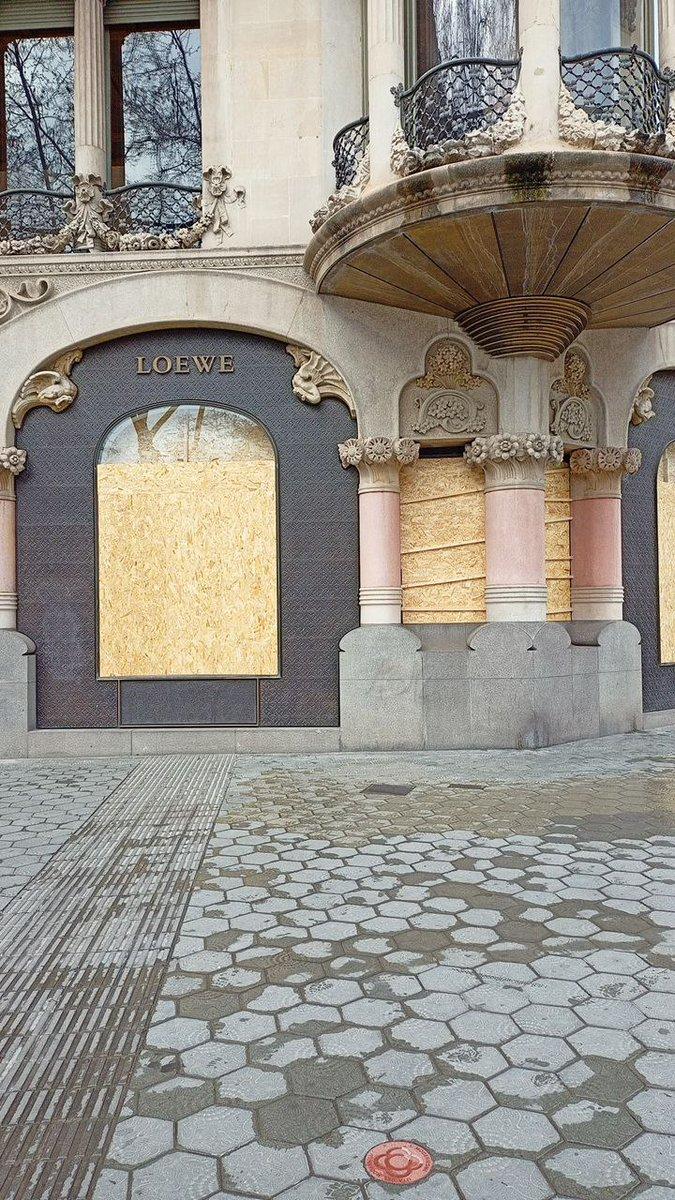 Querella contra el gobierno de España y la Generalitat Ev3uRqVXIAIKRHs