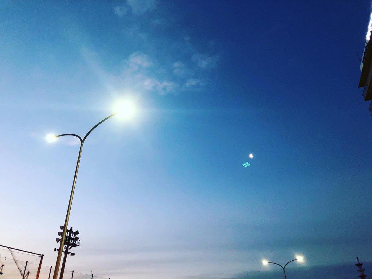キョウソラ 21/03/07 ・ ・ #空 #そらふぉと #写真撮ってる人と繋がりたい #空の写真が好きな人と繋がりたい #写真好きな人と繋がりたい #空の写真撮ってる人と繋がりたい #ファインダー越しの私の世界 #イマソラ #キョウソラ #ダレソラ #キリトリセカイ #dare_sora #photo #photograph #sky #skyphoto