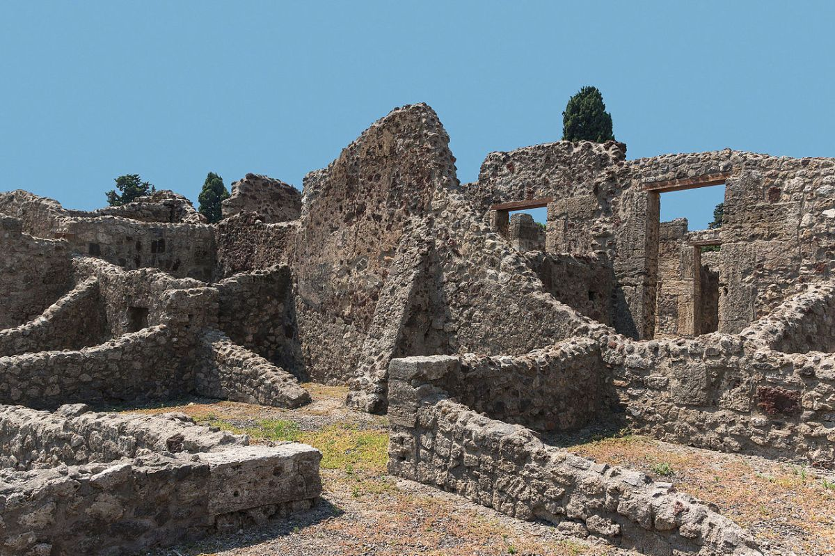 After #Pompeii, the Roman Empire Set Up a Disaster Relief Program https://t.co/oSyZbSBJ6v #emergencymanagement https://t.co/2DzX4UfNs8