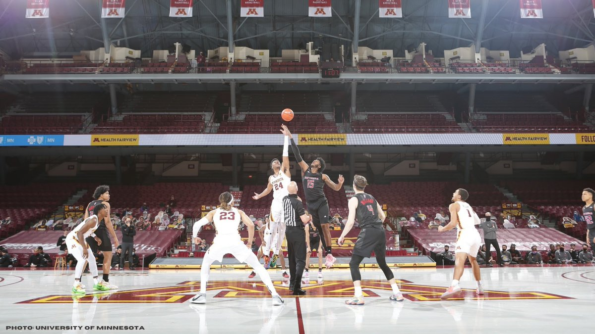 Hey #Gophers basketball fans, I'm working on a new @GophersGuru piece and would like to hear your perspective. I created a quick survey for you to answer!  Fill it out here: https://t.co/lIhdyVsg4t https://t.co/1Th1XIxPmm