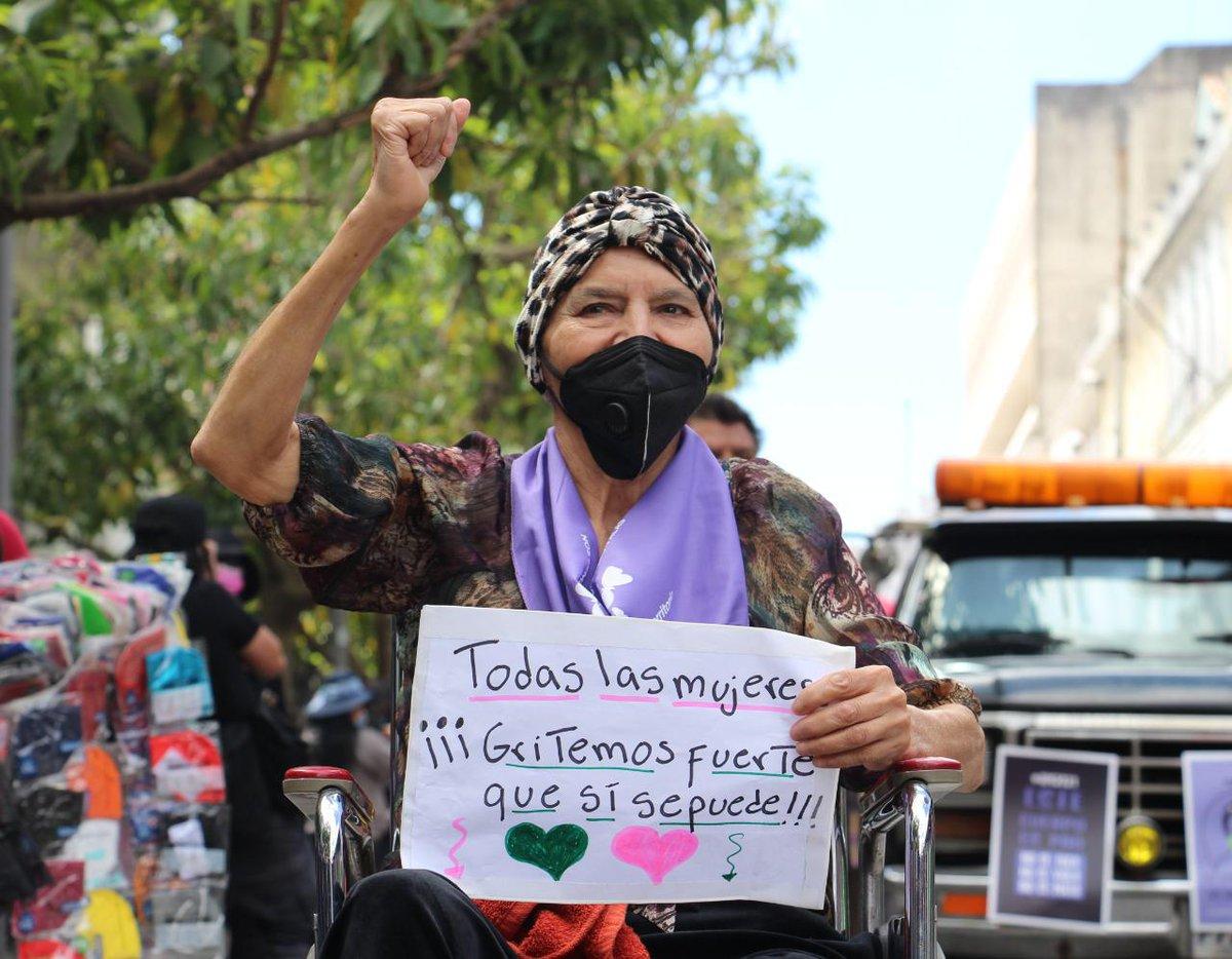 test Twitter Media - Griselda a sus 75 años participa en la manifestación de mujeres por el Día Internacional de la Mujer.Foto: María España/LH https://t.co/bI0dNE2zxk